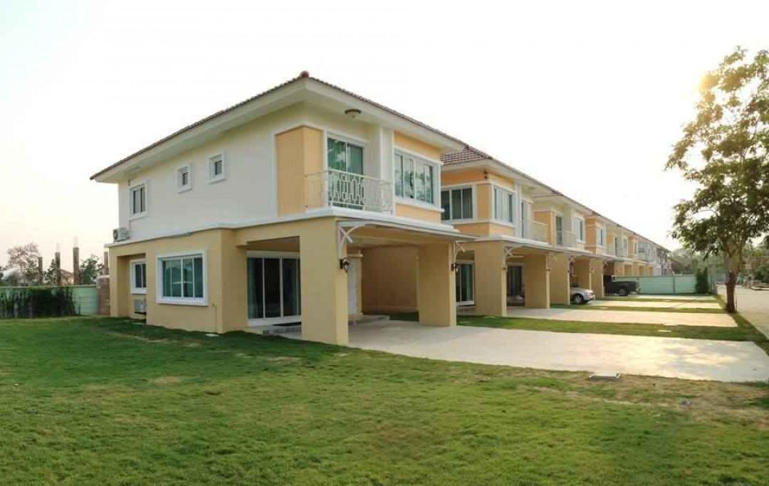 บ้านเจียระไน 8 Baan Jiaranai 8