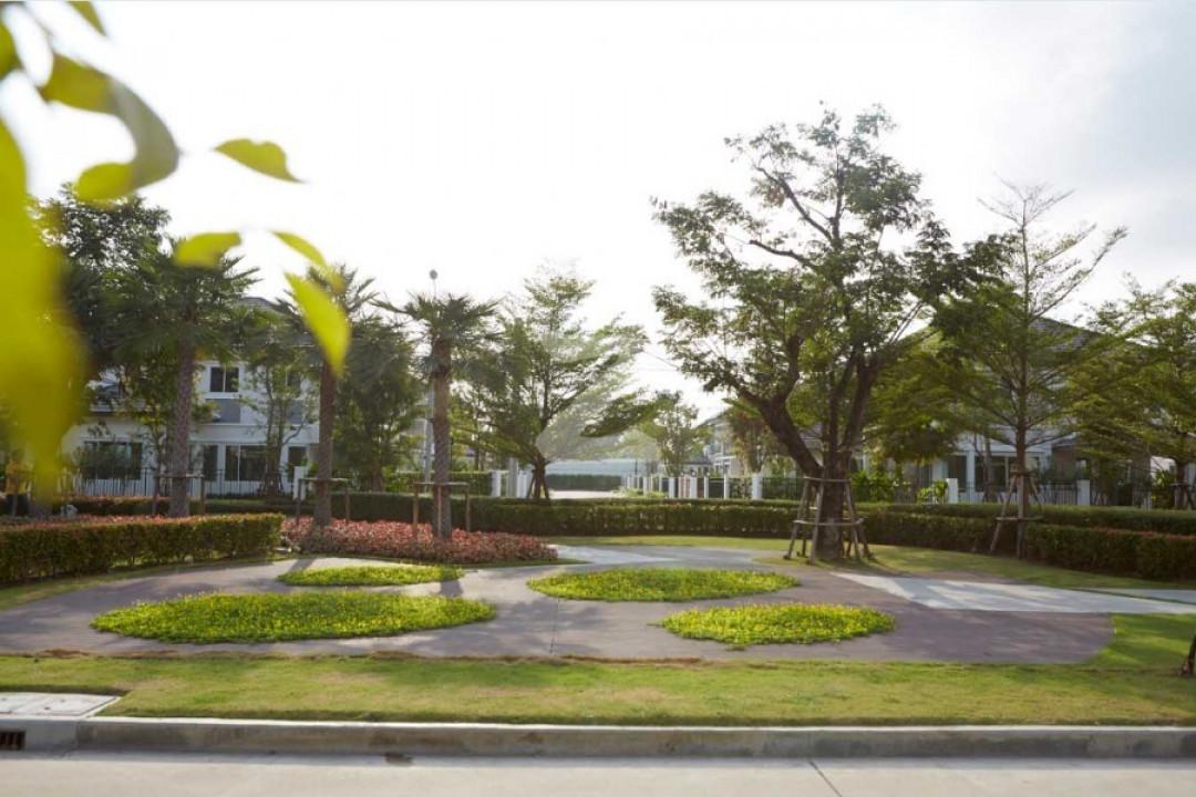 เดอะ แกรนด์ วงแหวน-ประชาอุทิศ The Grand Wongwaen-Prachauthit