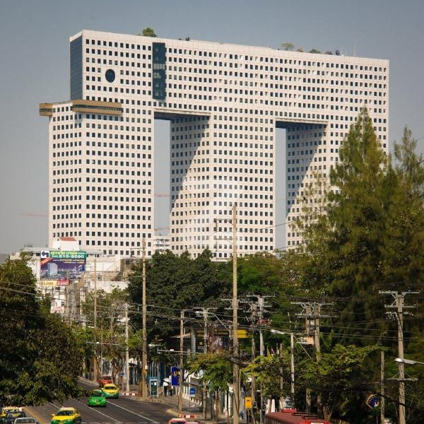 คอนโด ตึกช้าง