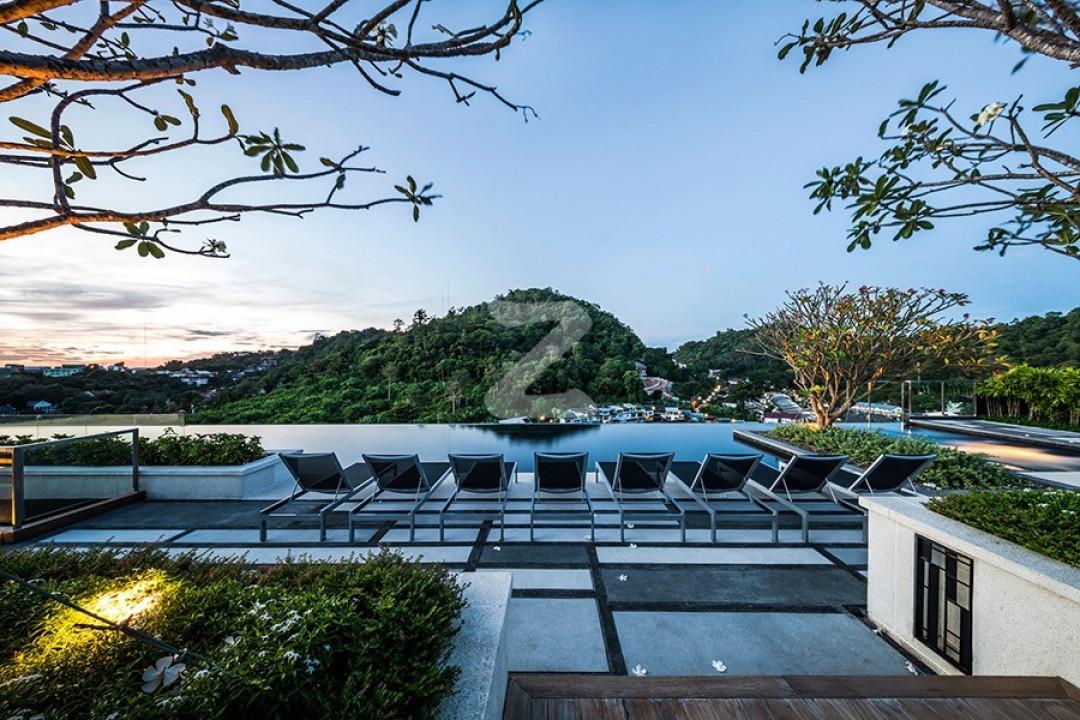 เดอะ เบส ไฮท์ ภูเก็ต The Base Height Phuket