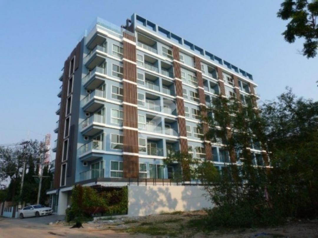 ลองบีช คอนโดมิเนียม บ้านอำเภอ Long Beach Condominium Baan Amphur