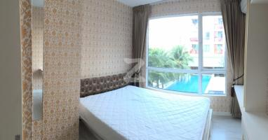 ห้องสวย เฟอร์นิเจอร์พร้อม วิวสระน้ำ