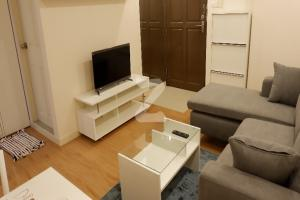 Luxurious Condo near BTS for Rent